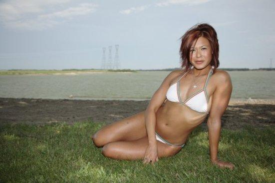bikiniroz